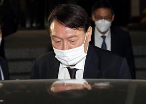 민주, 윤석열 '자기정치' 맹비난…국민의힘 기대감 표출