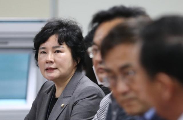'부하라는 단어 생경' 추미애, 윤석열 비판에 조수진 '4년 전 우병우에 먼저 써'