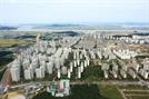 주택 거래·매매가 상승 1위 '김포'… 계약서 찢는 집주인 는다