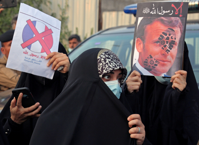 프랑스·터키 설전, 서구-아랍권 갈등으로 번졌다