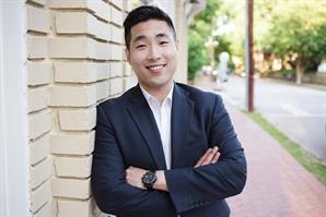 조지아주 첫 한국계·성소수자 하원의원 샘 박, 재선 성공