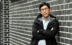 """진중권 '조국흑서' 이후 새책…""""아니라고 말할 사람 하나쯤 있어야"""""""