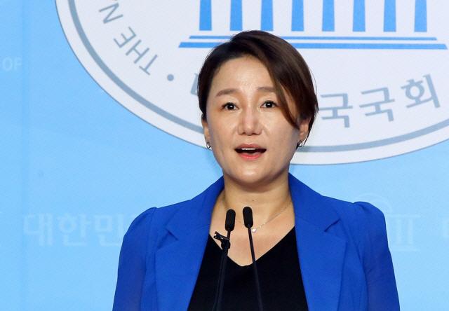윤석열 첫 '지지율 1위' 오르자 이재정 '고도의 정치적 기술…한국서 제일 잘 해'