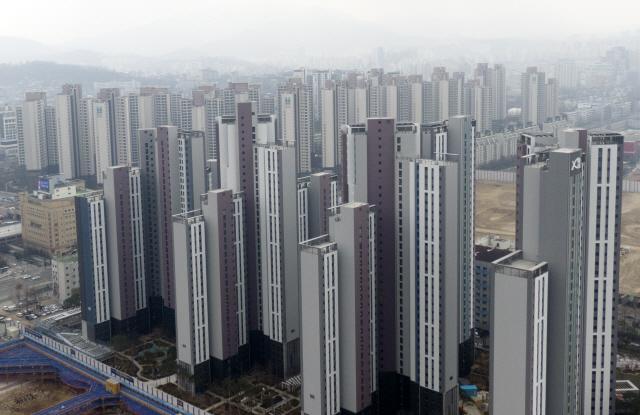 규제가 만든 富의 대물림...올 주택 증여 12만건 역대 최다