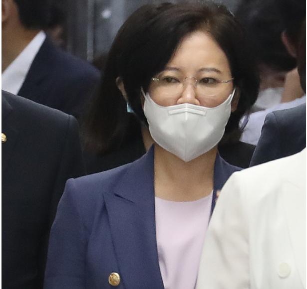 윤석열 '재판부 사찰' 의혹에 이수진 '윤 총장은 직무배제를 넘어 수사 대상'