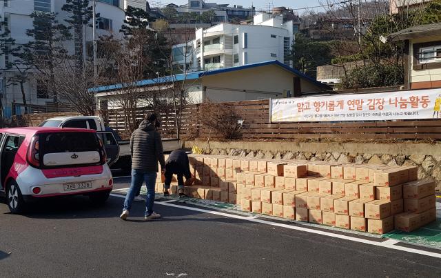 코로나로 모임·후원 '뚝'...'김장 나눔활동' 끊겼다