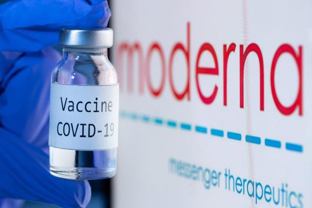 각국 코로나 백신 승인 초읽기…美 연말·유럽은 내달초 접종할듯