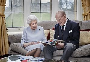 '세계 첫 승인' 英 국민은 백신 안전성 의문…94세 여왕도 맞을까