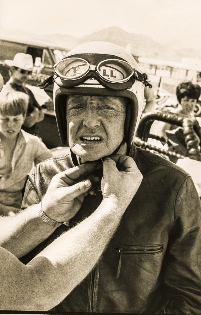[두유바이크]<115>68세에 소금 사막 평정한 버트 먼로의 '스피릿'
