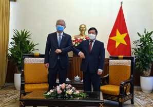 [속보]한국-베트남 특별입국절차 합의…내년부터 시행