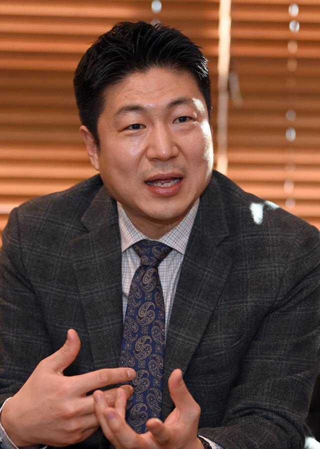 류영준 카카오페이 대표 '친구와 놀듯 쉽고 재미있게...'소셜 금융' 선도'