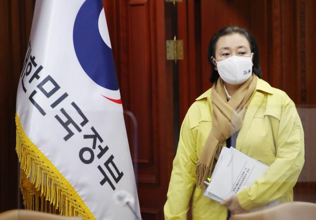민주당 '경선 언제하나'...박영선 출마 변수에 '속앓이'