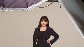 """박봄 """"11kg 감량 후 자신감 높아져""""…무보정 컷으로 뽐낸 몸매 자랑"""