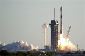머스크·베이조스·브랜슨…누가 뭐래도 우리는 우주로 간다