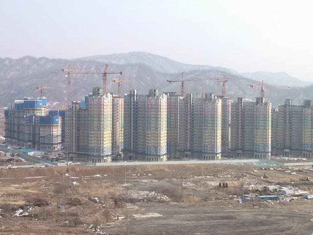 집값 연초부터 '불장'…너무 오른다 '폭락론' 또 확산