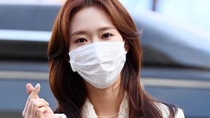 하트 날리는 조이현