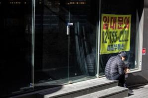 취업자 100만명 증발했는데… 경제지표 착시에 빠진 文정부