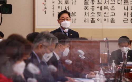법무부 檢 인사 '안정' 꾀한다고 했으나…반쪽 전락한 尹 의견 수용[서초동 야단법석]