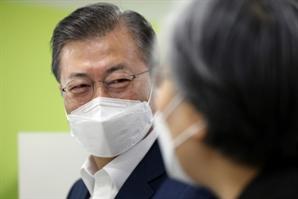 [국정농담] 105번째 백신 접종국에서도 '1호가 될 순 없어'