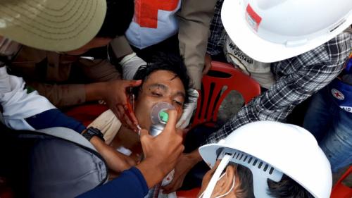 [사진] 미얀마 쿠데타 한달…'피의 일요일' 진압에 최소 9명 사망