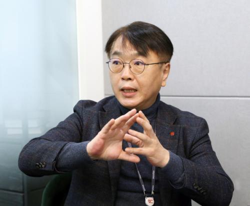 '롯데계열-스타트업 연결...시너지 내겠다'