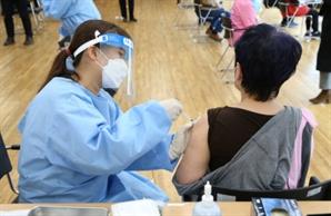 코로나19 백신 어제 하루 6만3,644명 접종…닷새간 누적 8만7,428명
