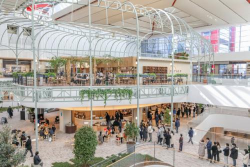 백화점 年2,000억 포기하고 고객 쉼터가 되자…'더 현대 서울' '잭팟' 터졌다