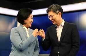 """조정훈 """"소득주도 아닌 불로소득성장"""" 박영선 """"평당 천만원 아파트 공급"""""""