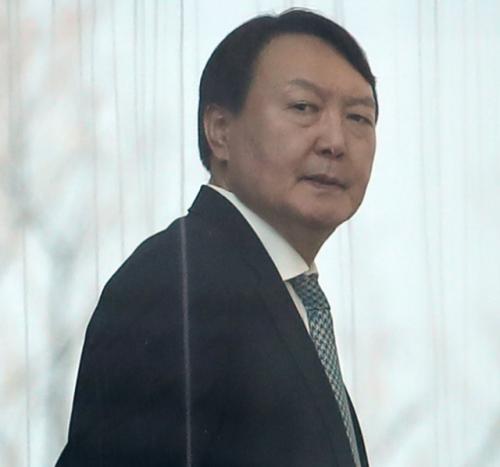 '윤석열, 대국민 겁박·선동' 날 세운 추미애 ''나만이 정의롭다'는 오만을 버려야'