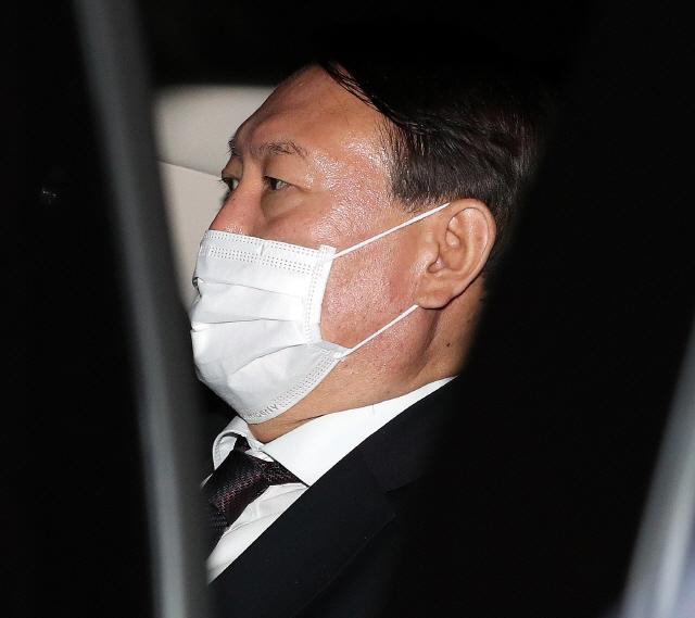 윤석열 '국민 보호 위해 힘 다할 것' 사퇴에 황교익 '국민 노릇이나 똑바로 하길'