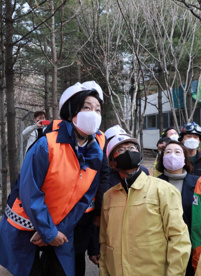 박영선, 화재현장 방문…'스프링클러 설치 지원 강화'