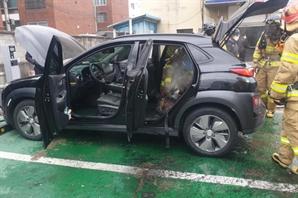 '코나EV 화재' 재발 막는다...정부, 전기차 안전기준 강화 검토