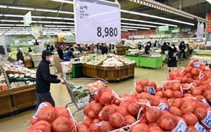 1월 식탁물가 상승률 OECD 4위…농산물 이어 가공식품도 오를라