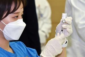의협, 의료진 대상 코로나 백신 접종 이상반응 신고센터 운영한다