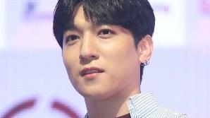 데이식스 성진, 4월 컴백 앞두고 깜짝 입대…팬들 아쉬움 가득