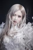 블랙핑크 로제, 첫 솔로앨범 선주문량 40만… 여성 솔로가수 최다