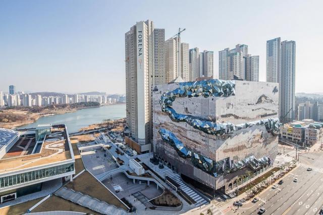 [시그널] 코람코신탁, 7,000억 갤러리아 광교점 매입 완료