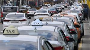 이 시국에…택시 합승이 '모빌리티 혁신'이라는 정부