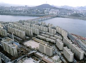 서울 집값 숨고르기 나섰지만…재건축 추진 단지는 '껑충'