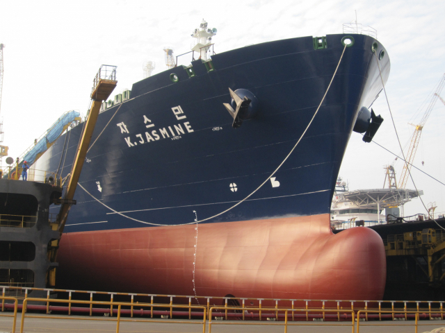 총 30 척의 LNG 선이 가스 공사가 수리하여 국내에 위탁하고 있습니다.