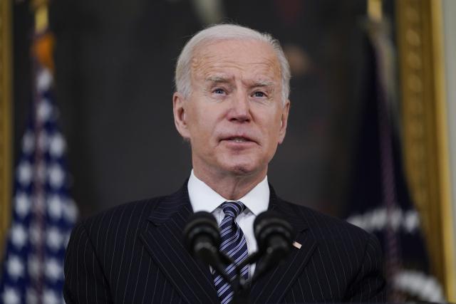 Biden'5 월 말까지 모든 성인에게 최소 1 차 복용량 '