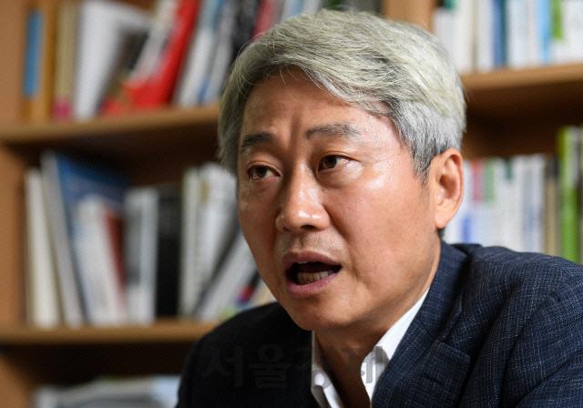 ''샤이 진보'는 없다' 주장한 김근식 '文 찍고 창피해하는 '샤이 중도'가 결정'