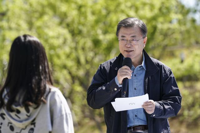 외신도 '與 참패' 주목…'국민 분노, 文·민주당 내리막길'
