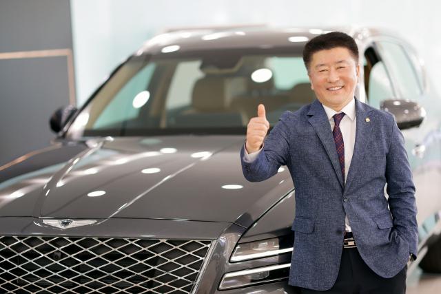 현대차 김기양·곽경록 부장, 5,000대 판매거장 올라