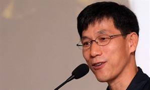"""진중권, '선 넘은 문파 당장 해체를' 황교익 주장에 """"갑자기 왜 이래? 무섭잖아"""""""