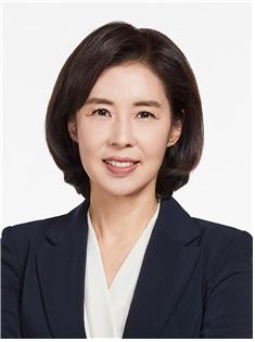 '文 월광 소나타 연주 통했나'…  박경미 대변인 보은 인사 논란 [4·16 개각]