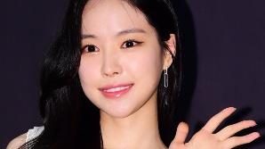 손나은, YG행 논의 중…재계약 에이핑크와 '따로 또 같이' 활동