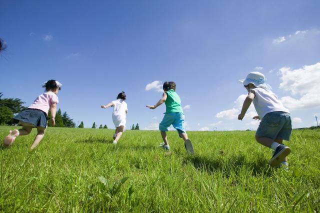 생보협회 '가정의 달, 자녀·부모님 위한 보험선물 어때요'