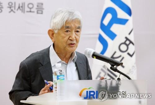 '대통령 권력집중, 한국 민주주의에 위협'