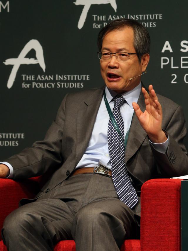 역대 외교안보수석 4인 '전술핵 재배치 검토…쿼드는 참여해야'